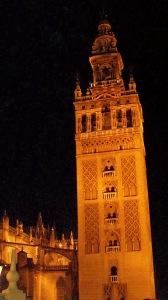 GIralda Tower at night