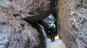 cave hike3